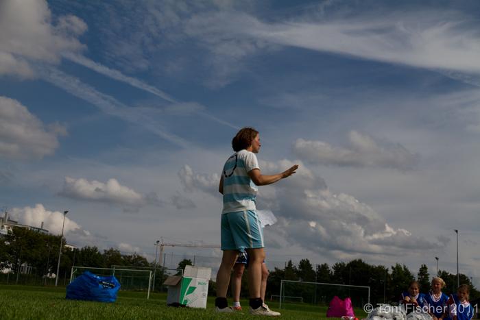 Maedchenfussballcamp_2011_AUG_Gilching-Traumwetter.jpg